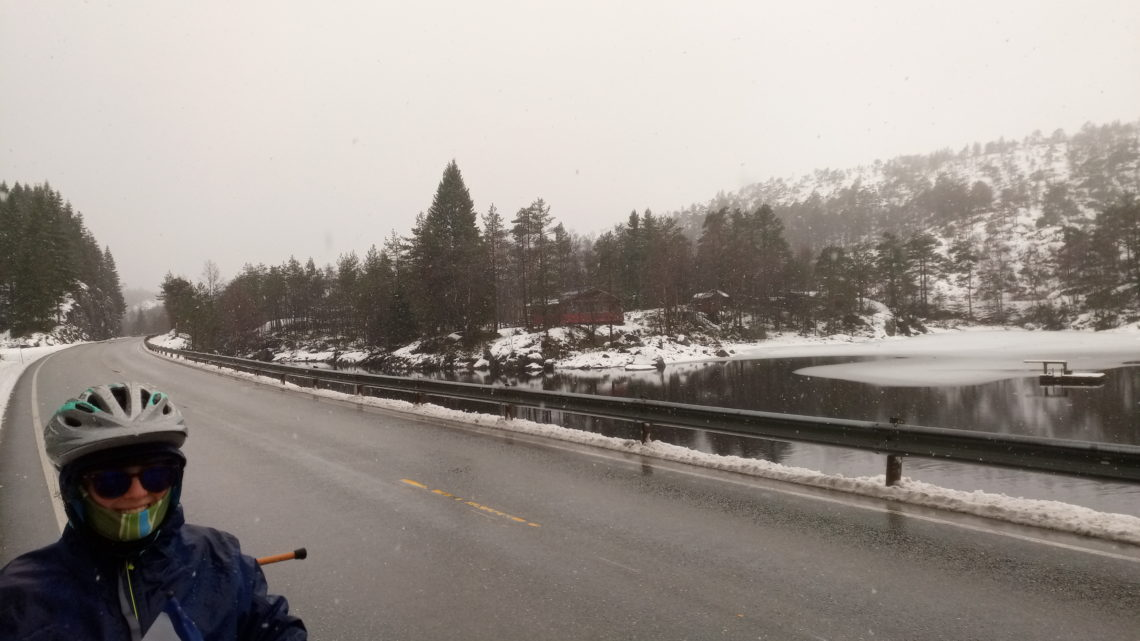 «Mais… Vous savez qu'il y a encore de la neige en Norvège?» : 12 au 20 mars (Kristiansand > Preikestolen)