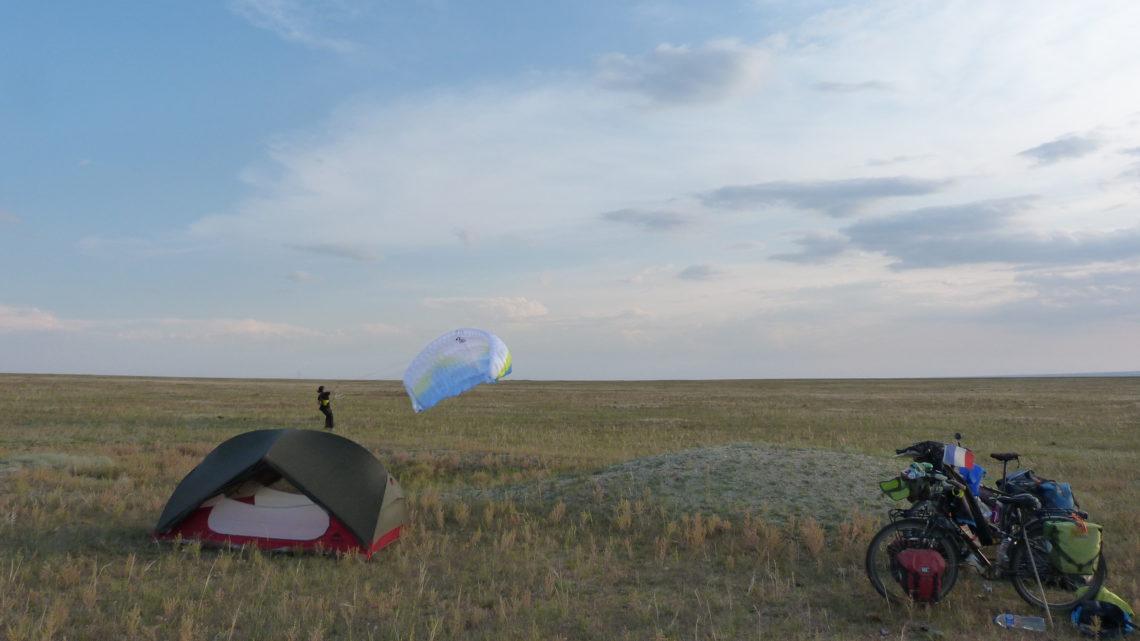 Entre bus et trains, un peu de vélo dans Gobi et arrivée en Chine : Du 2 au 13 septembre (Bayankhongor > Xining)